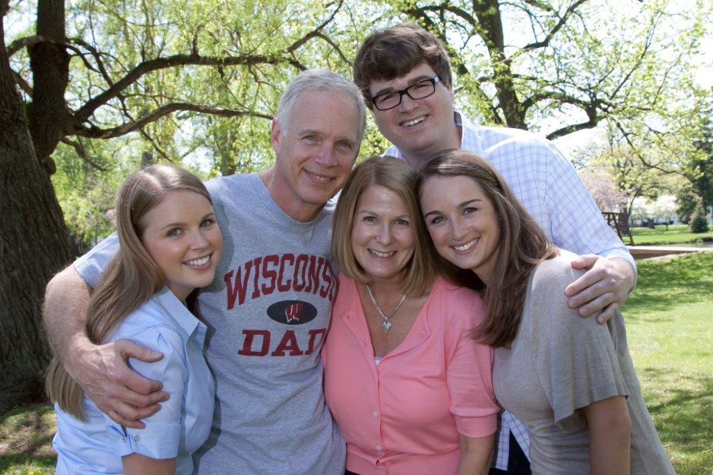 Wisconsin Dad Family Picture